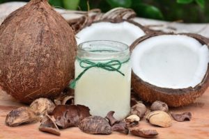 Kokosöl geeignet als Heilmittel gegen Zeckenbisse bei Hunden?